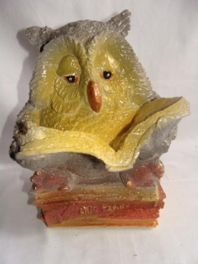 Статуэтка фигурка для сада «Сова с книгой»
